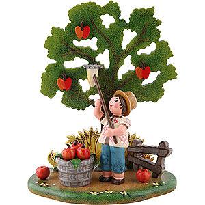 Kleine Figuren & Miniaturen Hubrig Vier Jahreszeiten Landidyll Apfelernte - 10x13cm
